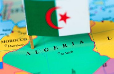 Algeria-map-flag
